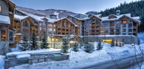 FIRST TRACKS LODGE - WHISTLER CREEKSIDE