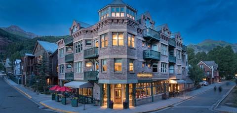HOTEL COLUMBIA