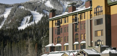 VINTAGE RESORT HOTEL
